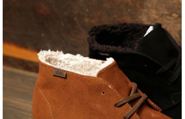 5b72c52f54 Vans have released two new pairs of Chukka Decons that will definitely keep  you warm during the upcoming cold months. The two shoes are lined with  fleece to ...